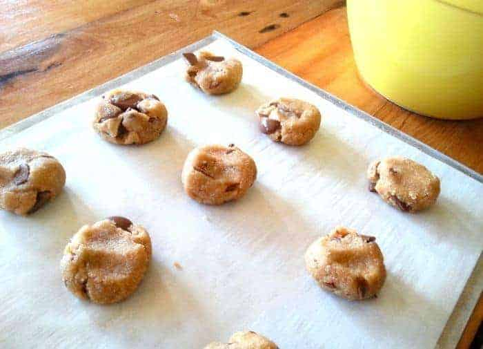 delicious almond cookies with chocolate chips. Gluten free~