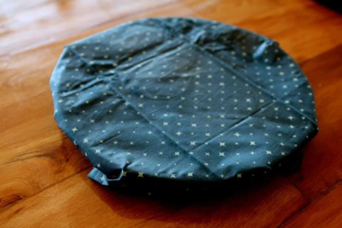 How to Make Beeswax Wraps with Jojoba Oil and Tree Resin (with Video) promo image