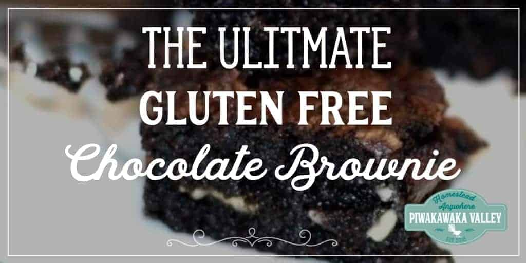 Most gluten free chocolate brownies are dry, chalky or crumbly. And quite frankly, gross. This, on the other hand, is chewy around the edges and soft and gooey in the middle. It is the perfect blend of goodness and awesome. #brownie #glutenfree #recipe #cocoa