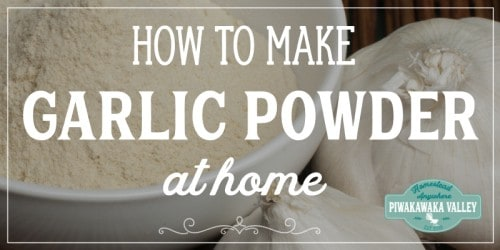 Do you have a lot of spare garlic and not sure how to preserve it so that it lasts? Have you thought about making garlic powder with it? Here are full step by step instructions, plus what you can use your dried garlic for. #piwakawakavalley