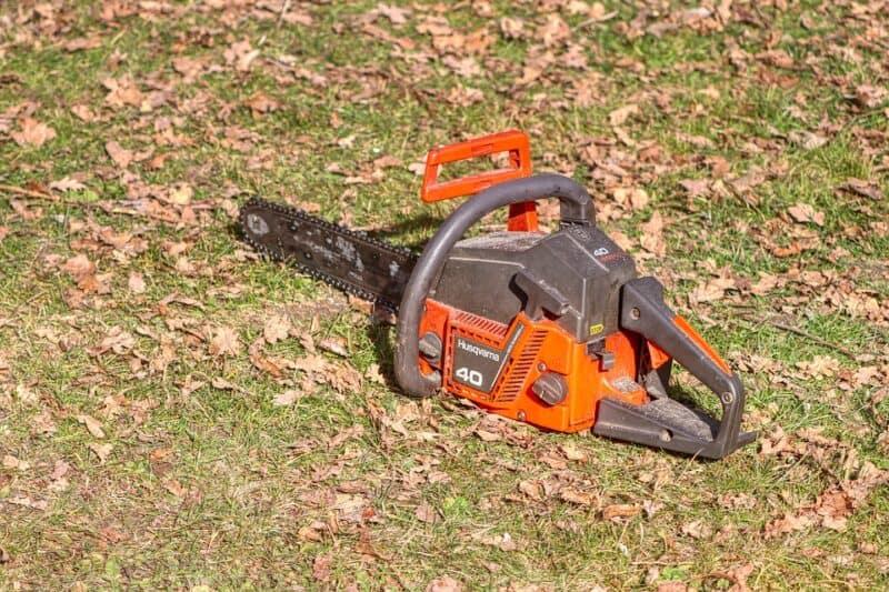 choosing a chainsaw